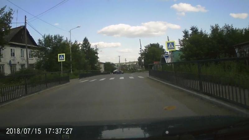 Осторожно идиоты на дорогах