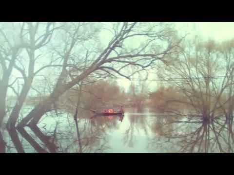 Лодочная переправа через реку Теза в селе Холуй 19 04 18г