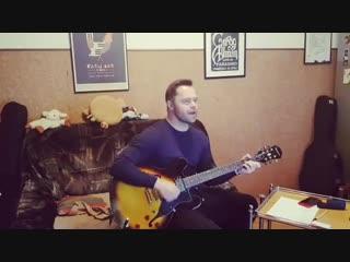 Виталий Гогунский поет песню группы Scorpions