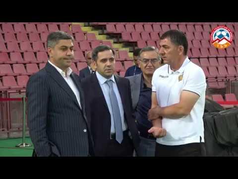 Արթուր Վանեցյանի հանդիպումն ազգային հավաքականի ֆուտբոլիստների հետ