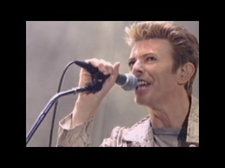 David Bowie & Nine Inch Nails: Dissonance, live 1995 (HQ)