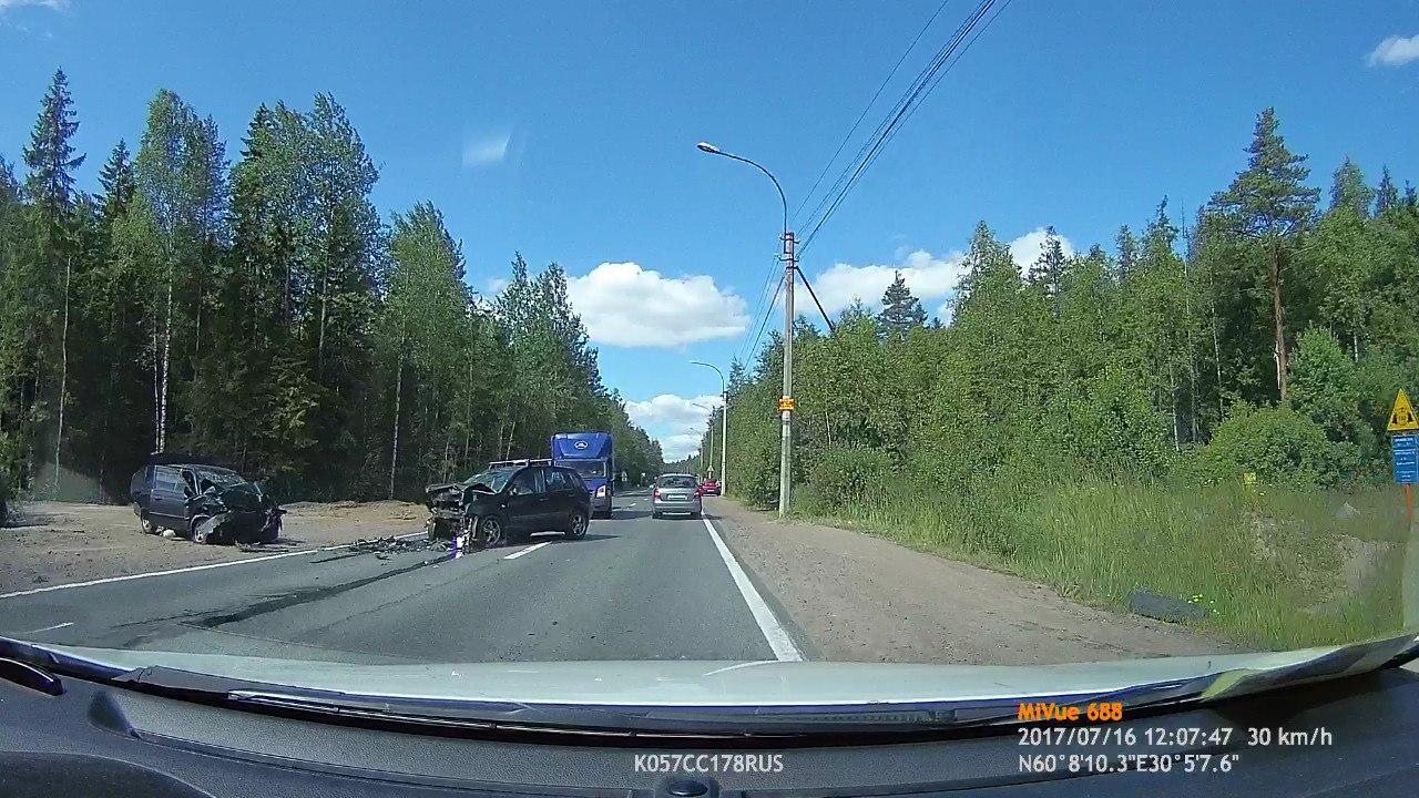 Вжутком ДТП наБелоостровском шоссе погибла 4-летняя девочка
