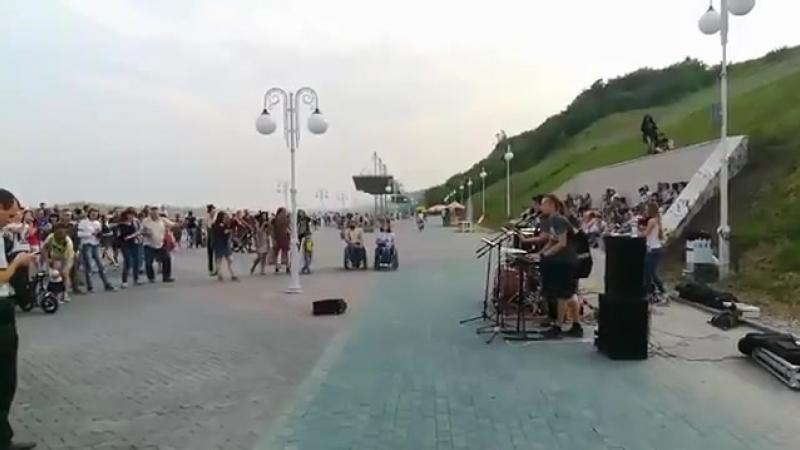 Поют у Оби Кавер-группа малевич Барнаул