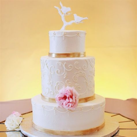 FS2Hf24ufII - Золотые и серебряные свадебные торты 2016 (70 фото)