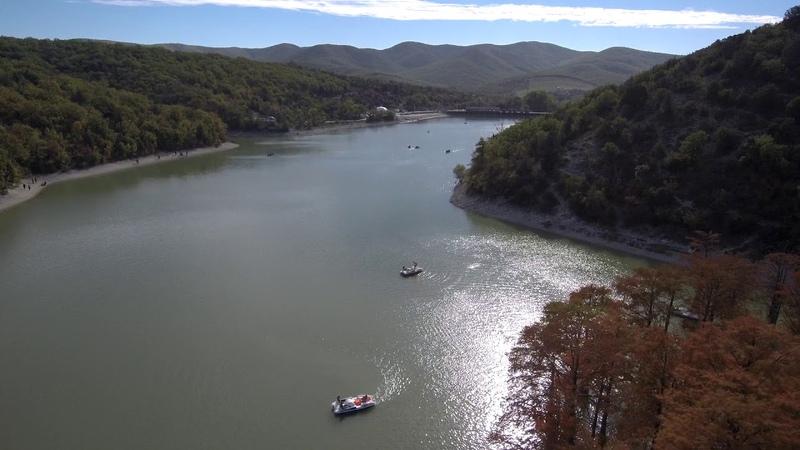 El lago cipres (кипарисовое озеро)