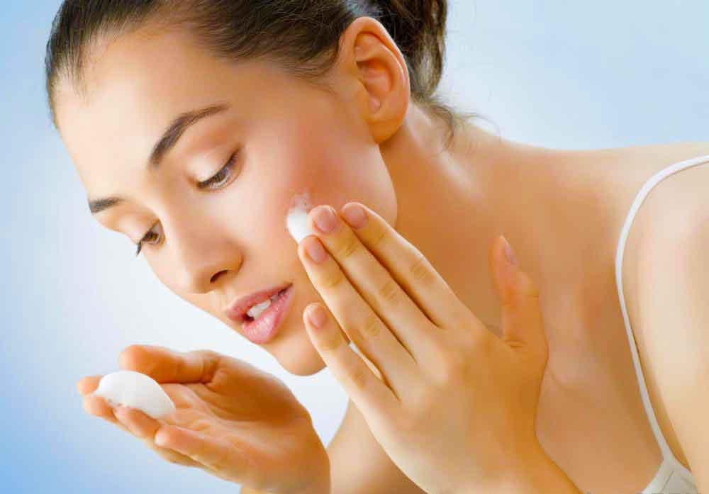 Как выбрать лучший крем для пилинга лица?