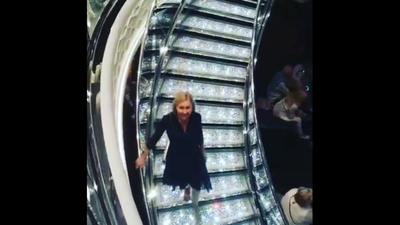 лестница из кристаллов Сваровски