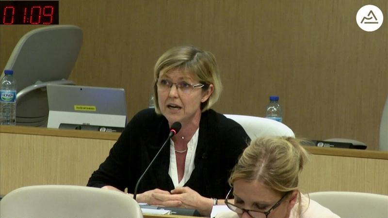 Question orale de Muriel Coativy (FN) sur une taxe d'enlèvement d'ordures