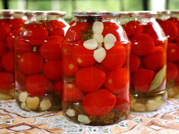 Закрываем помидоры без уксуса ! В расчете на 3х литровую банку: рецепт полностью.....