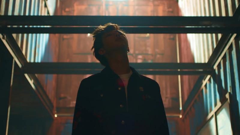 BTS (방탄소년단) FAKE LOVE (Baseclips.ru)