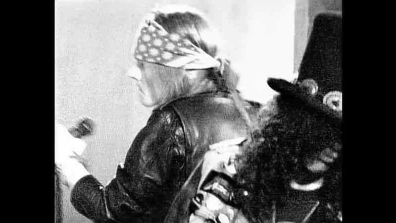 Guns N Roses - Sweet Child O Mine (Official Music Video)