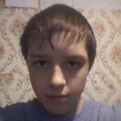 Денис Довыденко, 16 октября 1999, Красный Кут, id225834436