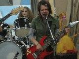 Музыка Гниль Тухло (концерт в цеху 2005)