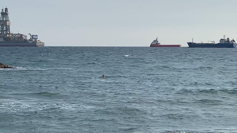 Кипр в январе. Ещё не утонул.