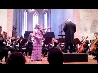Ksenia Dubrovskaya - Mozart-Violin Concerto No.3 In G Major K.216 2, Philharmonia of Nations, J.Frantz