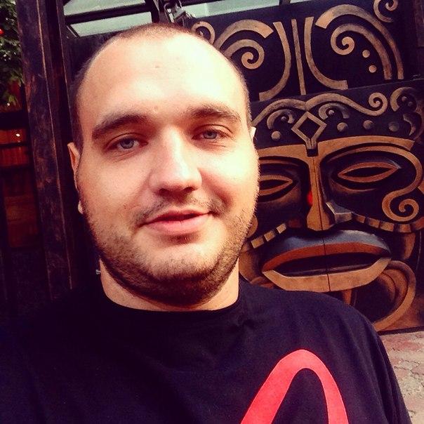 Вова Григорян |