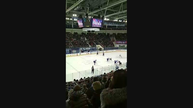 Хоккей. Лада_Ценг Тоу