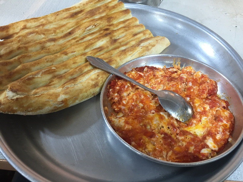 Обычный завтрак. Путешествие в Иран