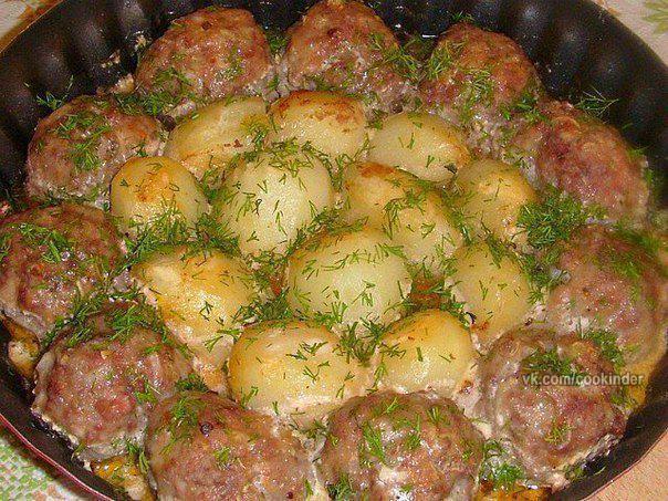 Как приготовить мясо в сметане в духовке