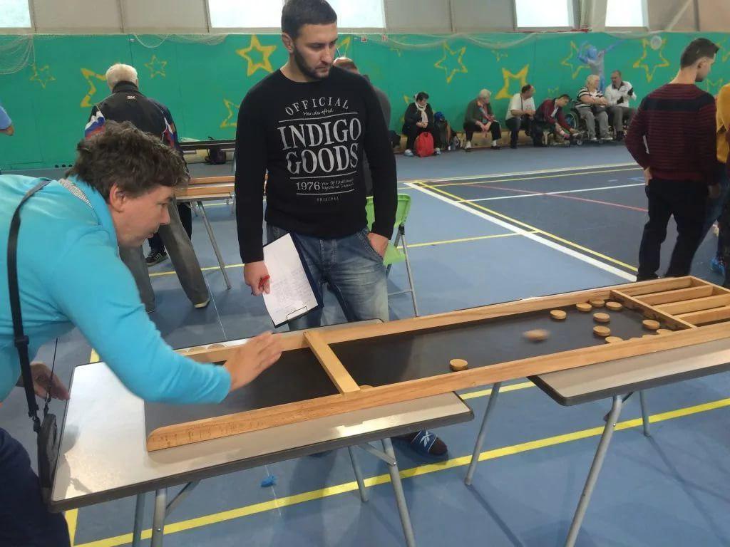 Жители Бибирева поборются за победу на районных соревнованиях по жульбаку