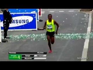 Kenenisa Bekele - Debut Marathon (Paris 2014)