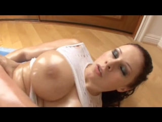 Сын трахает сочную мачеху по самые яйца, oil hard sex fuck mom son busty bubble ass doggy porn (Инцест со зрелыми мамочками 18+)