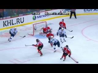 khl Донбасс - Амур (2012.09) Опасный момент. Хоккеисты Амура могли поставить точку в матче