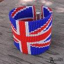 Многие просили схему фенечки из мулине и бисера британского флага.  Выкладываю.