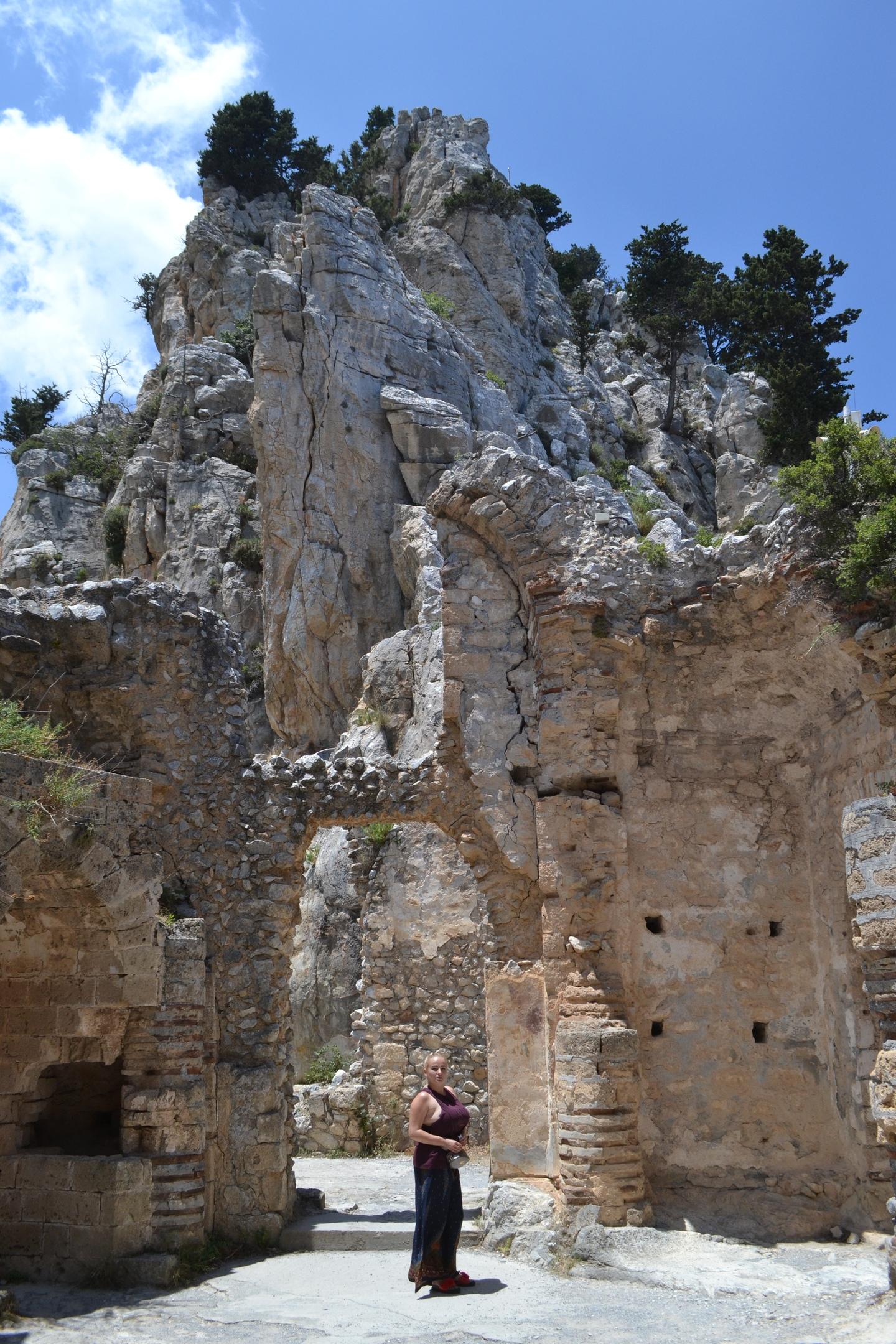 Северный Кипр. Замок Святого Иллариона. (фото). - Страница 2 6oWZwX61rm4