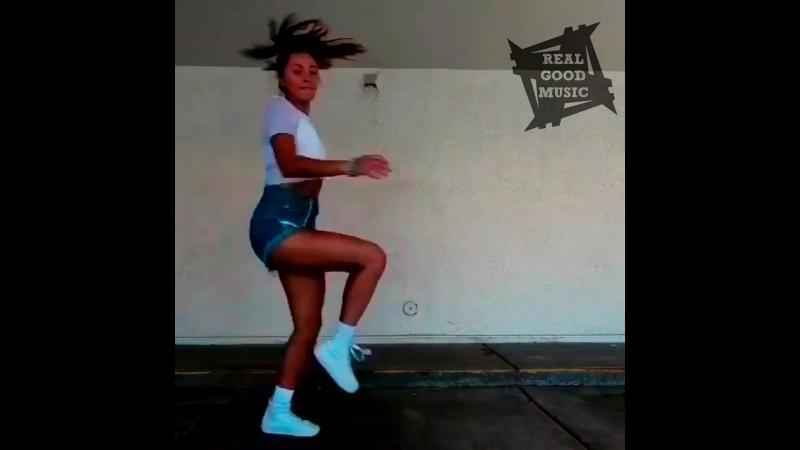 Dance Girl 191
