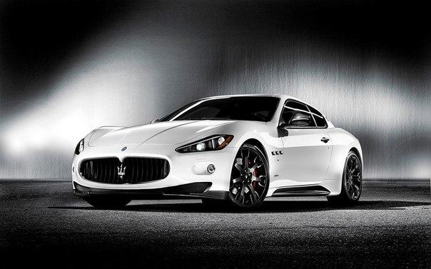 Maserati GranTurismo S MC Sport Line  Двигатель: 4700 см³ Мощность: 440 л.с.  Крутящий момент: 490 Нм Привод: задний  Разгон до сотни: 4,8 сек Максимальная скорость: 295 км/ч  Масса: 1880 кг  в России от $209,000 в США от $ 121,500