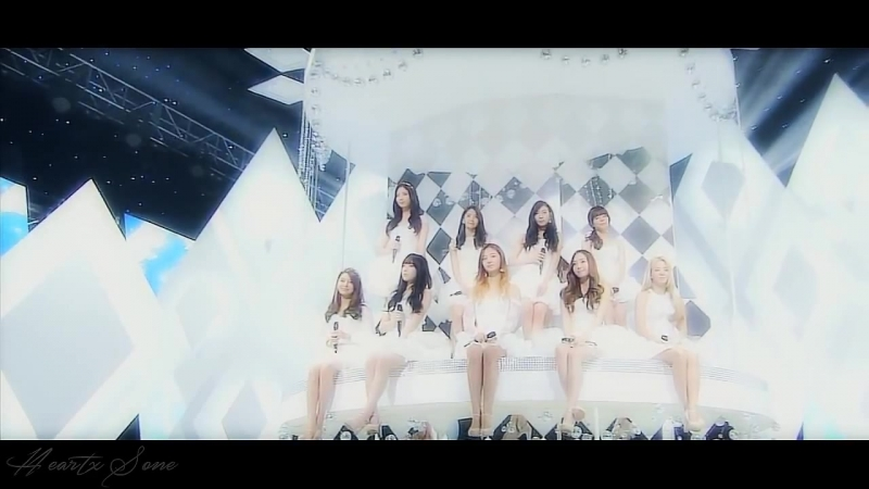 SNSD - WHO CAME FROM THE STARS