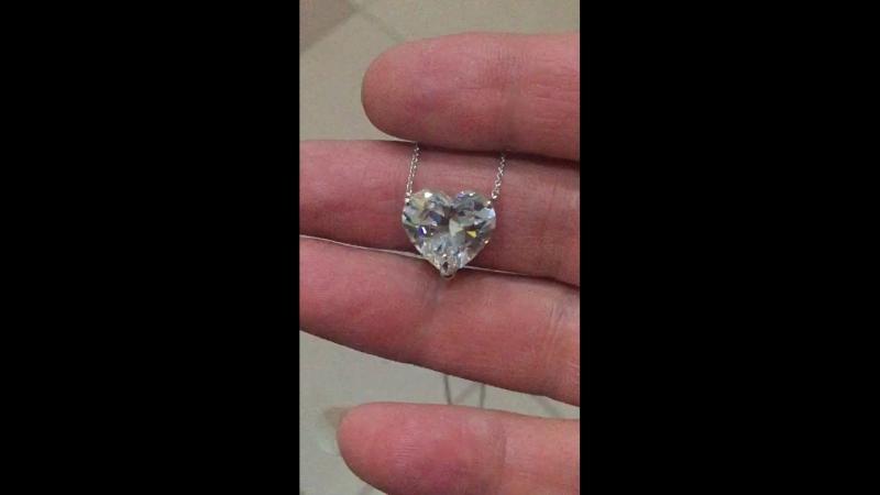 Бриллиантовое сердце 5 карат сертификатом G