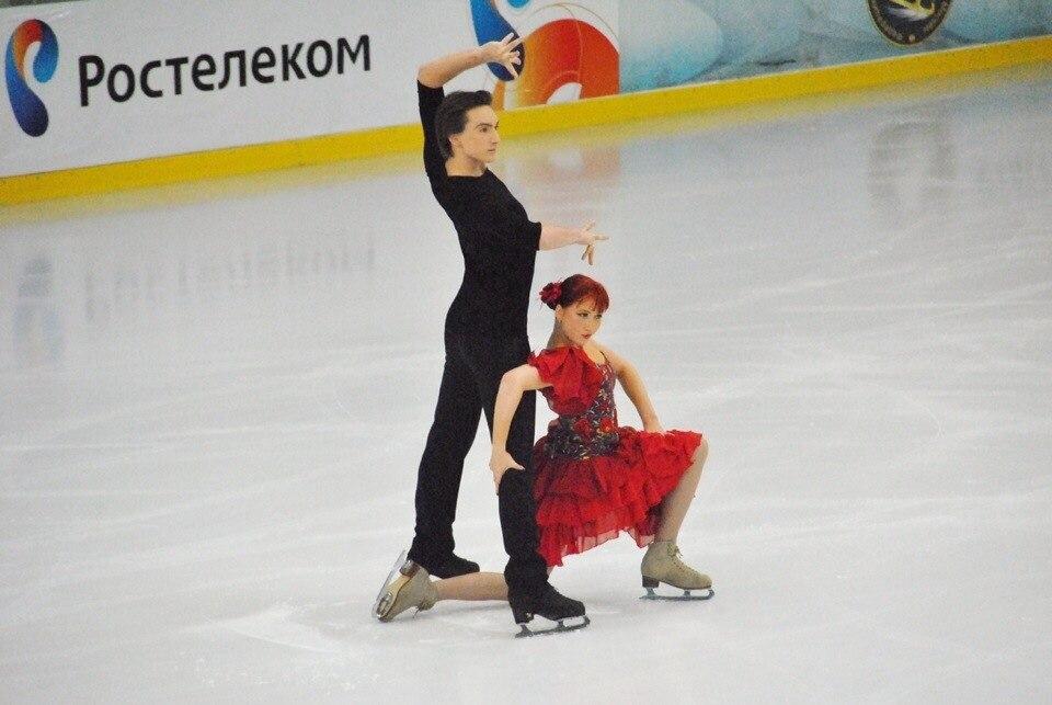 Тиффани Загорски- Джонатан Гурейро 7lTXIJpOvB8