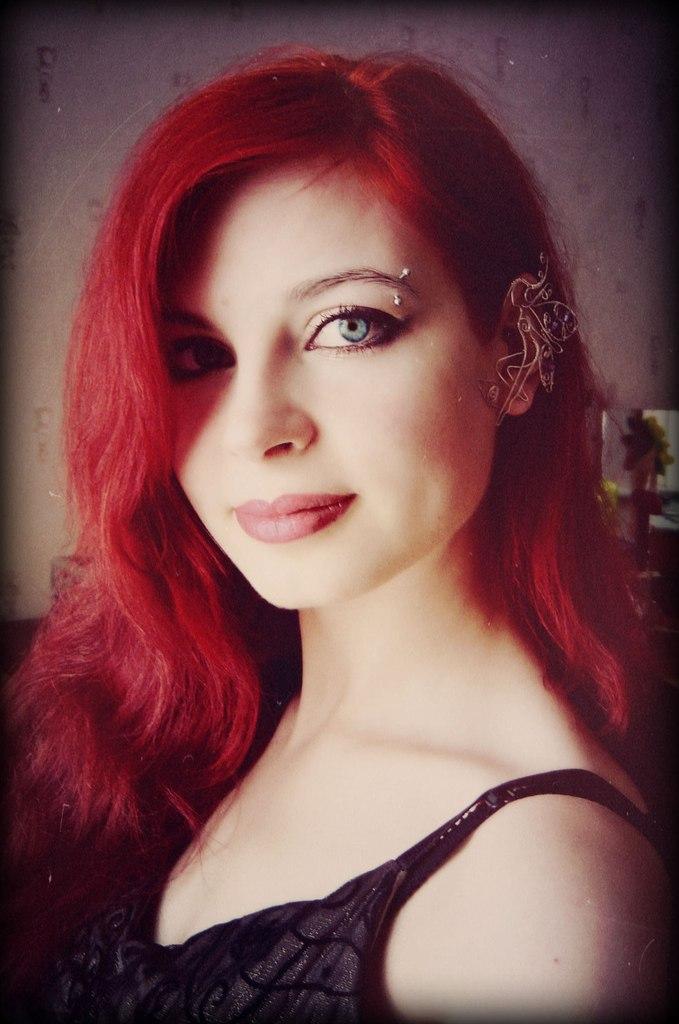 Таня Redsonya