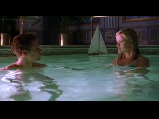 Риз уизерспун (reese witherspoon) - жестокие игры (cruel intentions, 1999, роджер камбл) 1080p bluray голая? купальник!