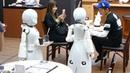 В Японии открылось полностью роботизированное кафе, которым управляют парализованные люди