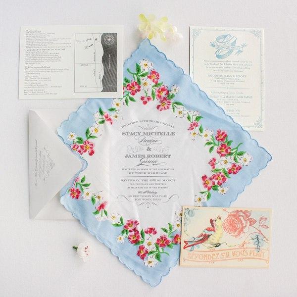 приглашение на свадьбу в виде тканевого платка