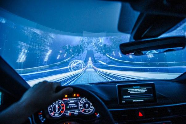 Audi представила в России модель A4 в формате «космического» тест-драйва в московском ТЦ.