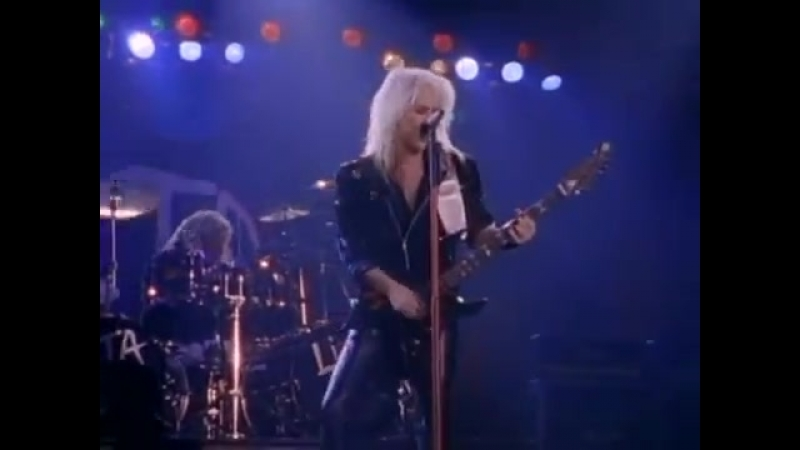 Lita Ford - Dancing on the Edge