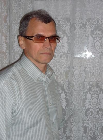 Николай Завьялов