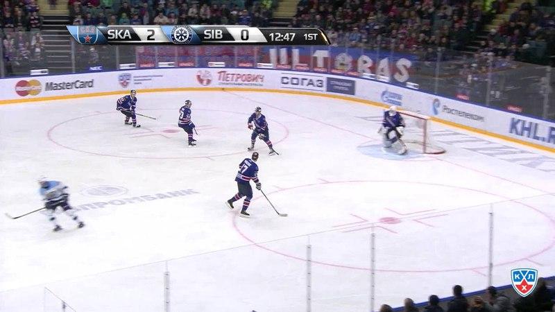 Моменты из матчей КХЛ сезона 14 15 Гол 2 1 Максим Шалунов Сибирь ушёл от защитников и неотразимо бросил с кистей 17 01