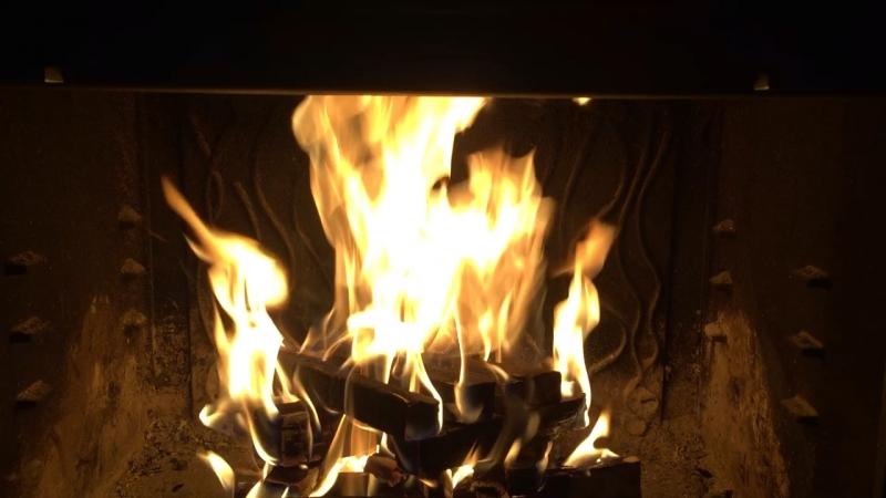 Тепло с камином на дровах