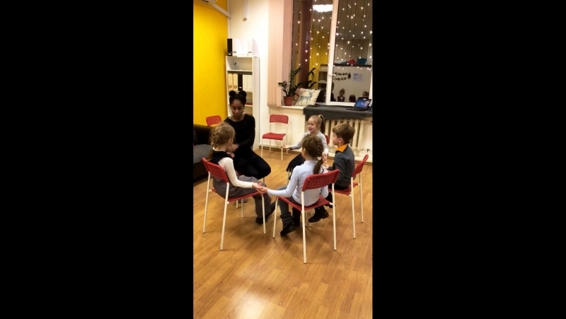 Kids' Speaking Club at MEC