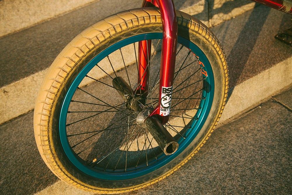 Alex Donnachie bikecheck front wheel