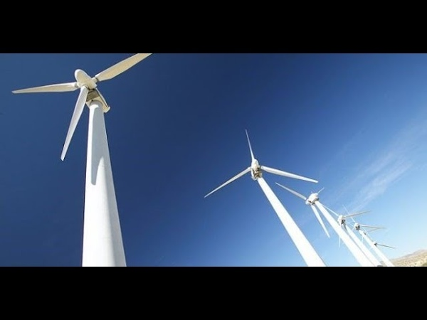 Por que as turbinas eólicas são pintadas de brancas