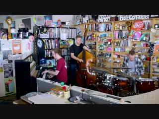 Gogo penguin  npr music tiny desk concert (1080p)