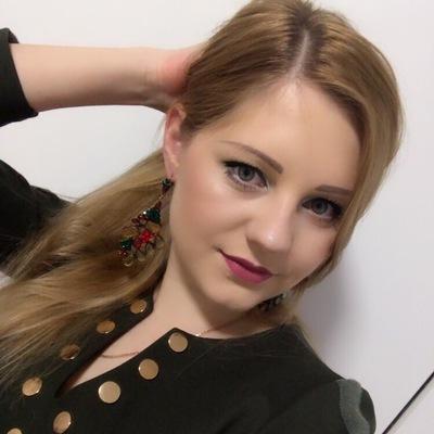 Аня Серебрякова