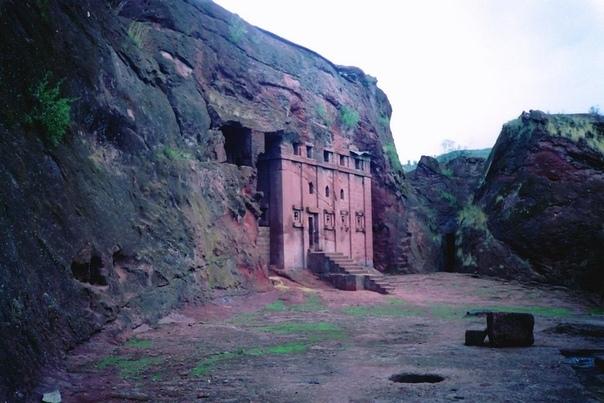 Лалибела (Lalibela). Храмы в земле