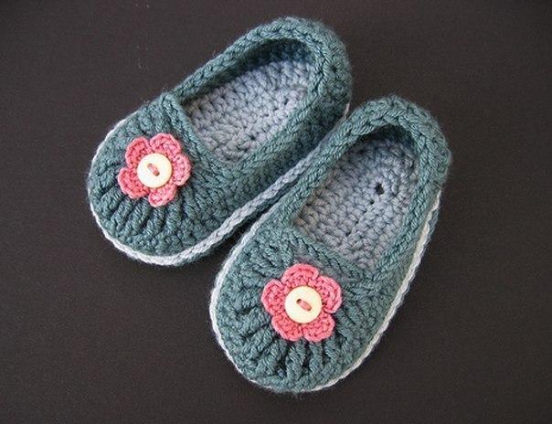 Вяжем тапочки для малышей